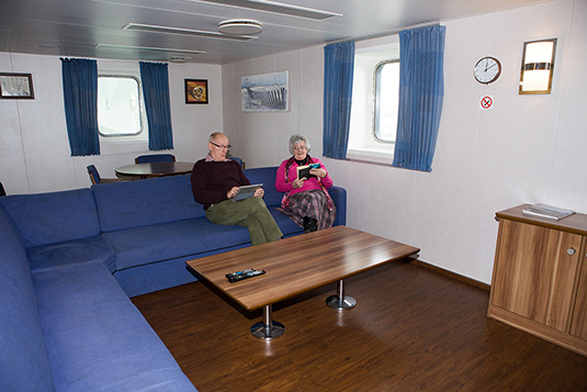 seatruck lounge